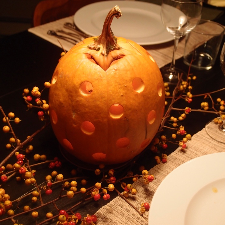 pumpkin centerpiece/tablescape