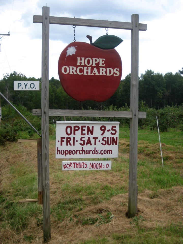 APPLES/HOPE ORCHARD