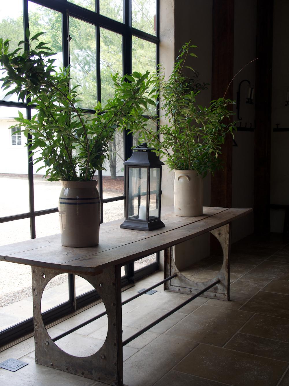 Chucks rustic furniture obsidiansmaze for Rustic elegance furniture
