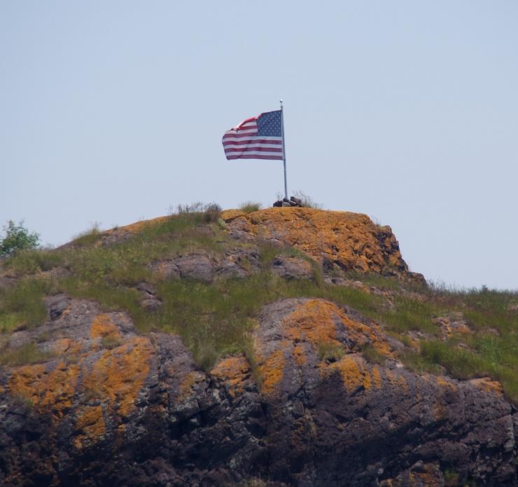 flag/maine/North Haven