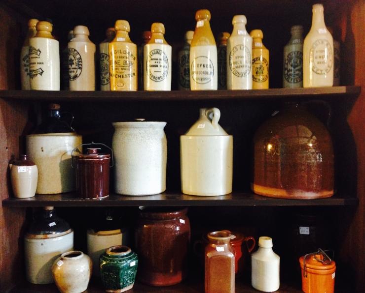 antiques/bottles